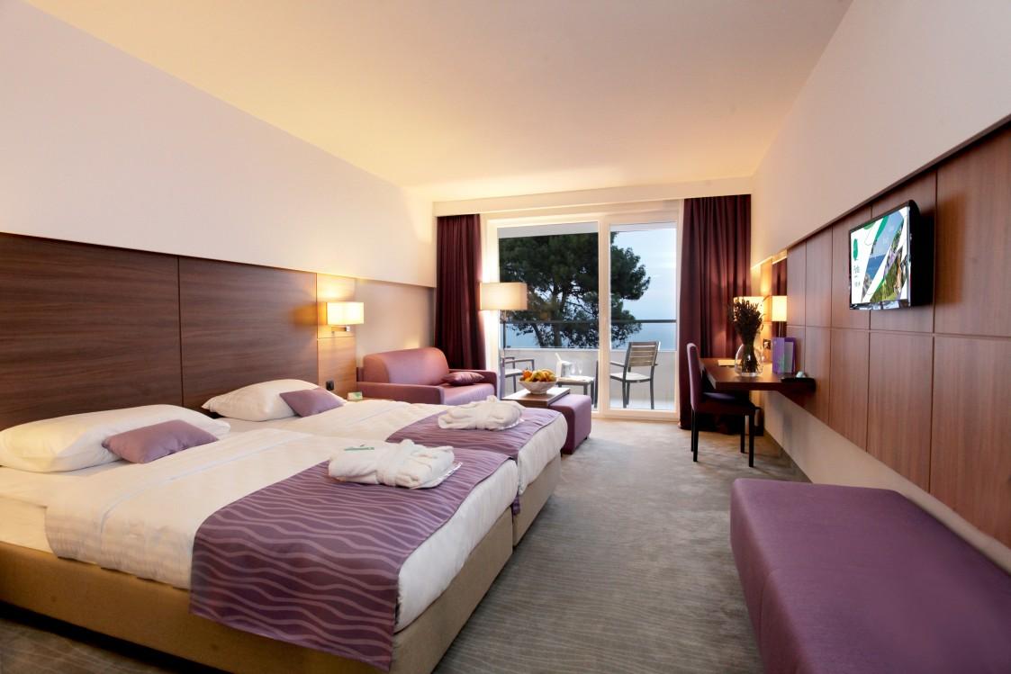 ανακαινιση-ξενοδοχειου-δωματια-10